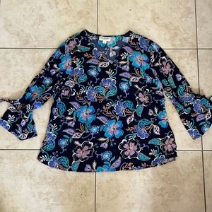 Norm Thompson Relaxed Bell Sleeve Floral Blouse